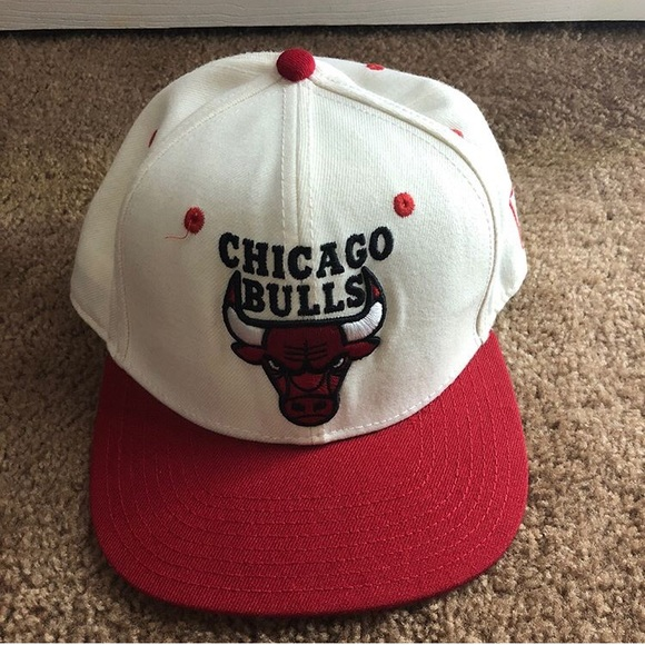 "beee2a4de9e Chicago Bulls ""TISA"" SnapBack . M 5b83397a7ee9e2c1e6bd90e1"